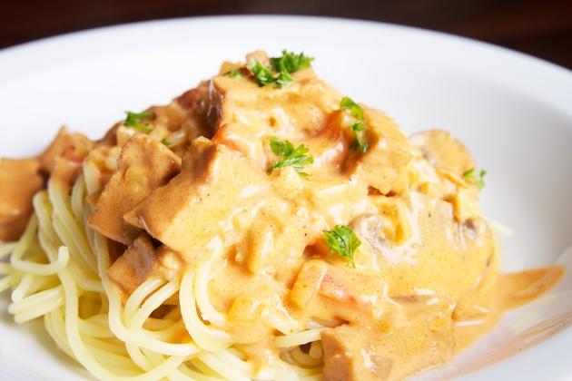 Pittige pasta met tempeh