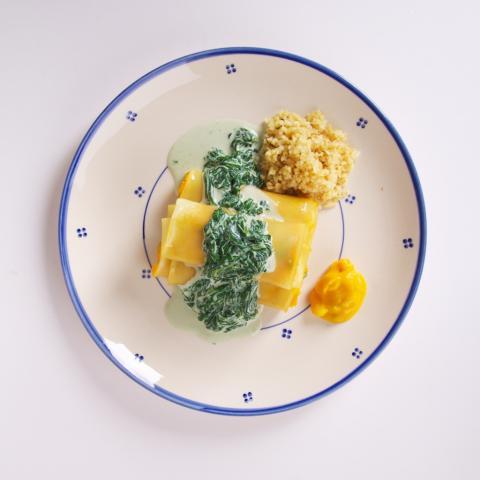 Cannelloni van pompoen met spinazieroomsaus